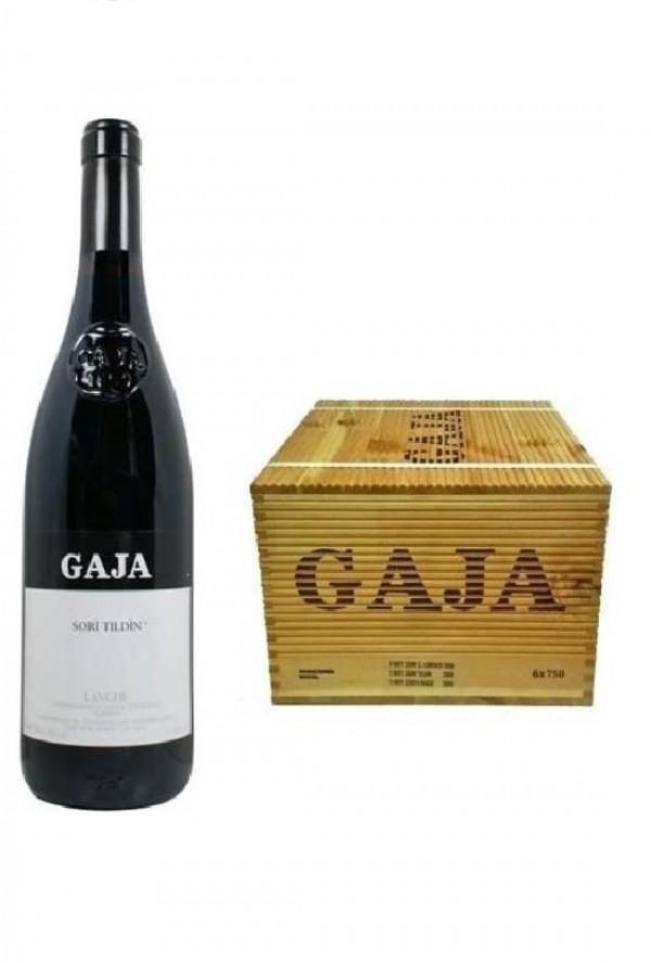 wine bottle Gaja, Italia